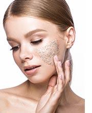 Finde jetzt das passende Peeling für deine Haut